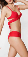 Červené dámske dvojdielne plavky Calzedonia s prekrížením pod košíčkami