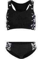 Zmenšujúce sa dvojdielne plavky v čierno-bielej kombinácii